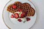 Waffeln mit gerösteten Thymian-Erdbeeren MINI