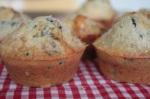 Muffins mit Oliven, getrockneten Tomaten und Gorgonzola MINI
