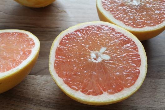 Grapefruit-Joghurt-Kuchen mit Kaffir-Limetten-Glasur II