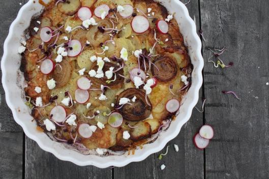 Zwiebel-Kartoffel-Tarte mit Bärlauchöl I