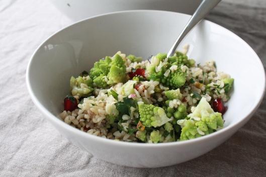 Bulgur Salat mit Romaneso und einem Za'atar-Dressing IV
