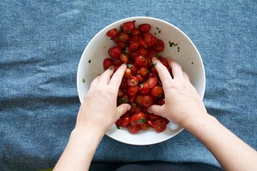Tomaten-Basilikum-Crumble II